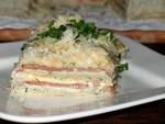 Закусочный торт с копчёной горбушей,кремом из авокадо и рикотты и печенью трески